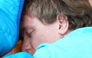 apua unihäiriöihin hengitystä korjaamalla
